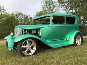Highly Detailed Street Rod