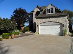 WATERFRONT 2 STOREY HOME
