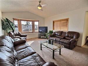 Beautiful Starter Home in Willow Park Estates, Leduc AB Edmonton Edmonton Area image 6