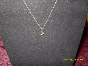 "10kt yellow gold  Diamond ""L"" Pendant"