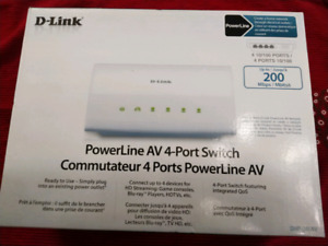 SELLING POWERLINE AV SWITCH WITH 2 RECEIVERS