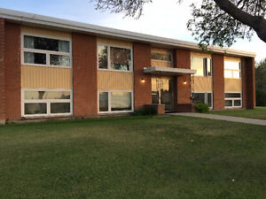 2 BEDROOM APARTMENT FOR RENT YORKTON, SK UTILITIES INCLUDED