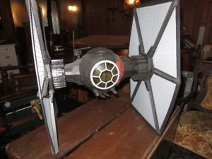 1 VERY LARGE STAR WARS TIE FIGHTER 30 INCHES TALL ASKING $95