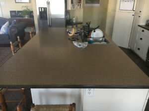 Counter tops with corian edges