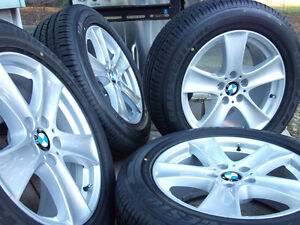 4 OEM bmw X5 rims 255/55/18 BRIDGESTONE RUN FLAT tires %90 trea