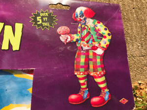 Halloween Zombie Clown Over 5-Feet Tall New in Package $10