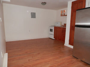Small Bachelor for rent on Rideau St.