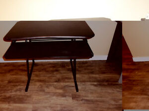 Beautiful Set of Student Desk with a very confortble Chair; they London Ontario image 5