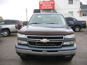 2006 Chevrolet Silverado 1500 LS 4X4 Cambridge Kitchener Area image 2