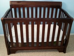 Solid Wood Crib with Mattress