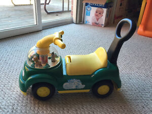 Little people music toy car with storage Kitchener / Waterloo Kitchener Area image 2