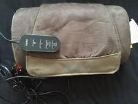 Homedics shiatsu massage pillow with remote