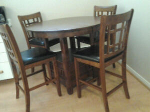 Dining Table & 4 chairs - Bistro Set