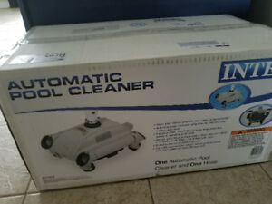 Intex Automatic pool vacum