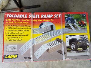 Heavy duty foldable ramps
