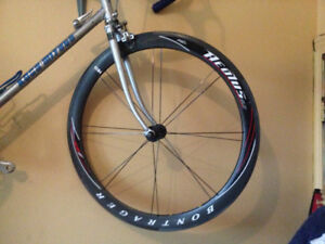 Bontrager Aeolus Carbon Wheels (Broken!)