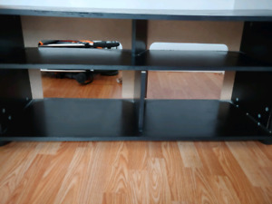 Tv stand upto 55inch support