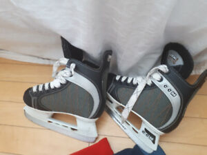 Youth size 11 skate