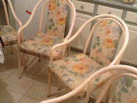 Dinning Table and chairs (downsizing Sale)