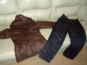 SIZE 14-16 GIRLS GAP WINTER JACKET WITH SIZE 10-12 SNOW PANTS
