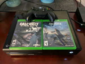 Xbox One 500GB+4 Games