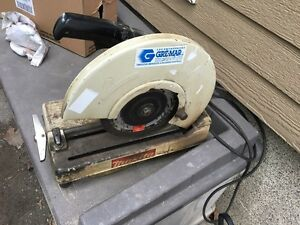 Chop saw makita Fonctionnel
