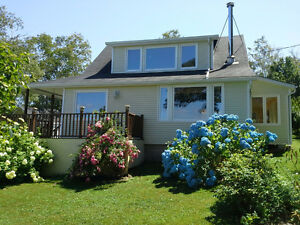 NOVA SCOTIA  HOME/COTTAGE BY THE SEA Cornwall Ontario image 2