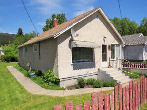 HOUSE FOR SALE IN BEAUTIFUL CROWSNEST PASS,COLEMAN, AB