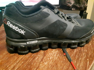 EUC Reebok Shoes