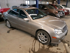2007 Mercedes C280 4 matic 157000km 0 carproof