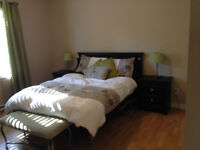 DOUBLE SIZE BED / COMPLETE SET OF ROOM      Suivre     |     Par
