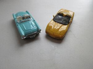 Burago -  Corvette 1957 et Corvette 1997