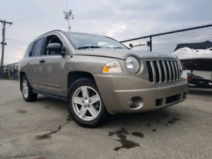2008 Jeep Compass 4x4 w/ Remote Start and 2 sets of tires/rims!