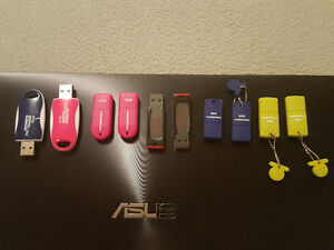 10x 16Gb flash drives