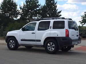 2010 Nissan Xterra SE SUV, Crossover
