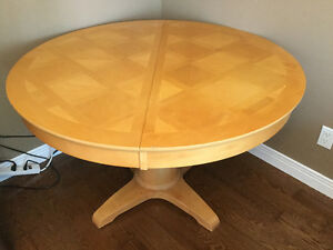 """48"""" ROUND SOLID & HEAVY TABLE - NO CHAIRS"""