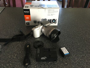 Like New Sony NEX C3 Digital Camera