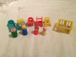 Fisher Price Little People Baby Nutsery Set 1972 Complete #761
