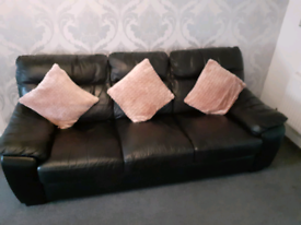 2x 3 seater couches
