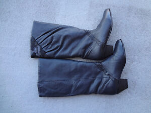 KNEE HIGH BOOTS Size 6 to 6.5
