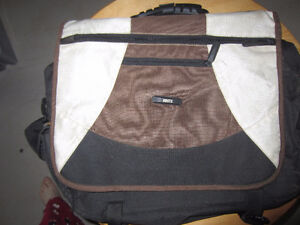 Roots Laptop Carrying Bag