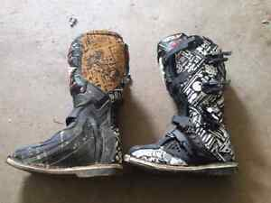Women's motocross boots for sale. Size 7