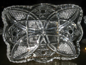 BEAUTIFUL OLD VINTAGE CUT GLASS CRYSTAL RELISH DISH