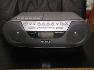 Sony Portable Boom box CFD-S05, All-in -One.