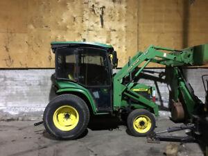 Tracteur John Deere 4400