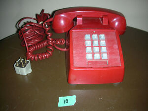 1975 4 PIN VINTAGE RED TOUCH TONE DESK PHONE