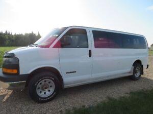 2006 GMC Savana Passenger Van