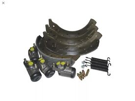 Land Rover Brake Kit - Axle Set