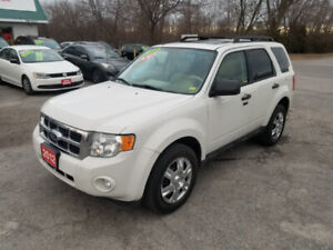 2012 FORD ESCAPE XLT AWD *** FULLY LOADED *** 100% APPROVED