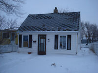 2 bedroom home in the south west of Moose Jaw